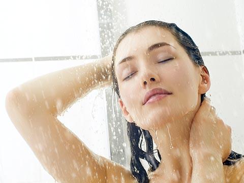 炭酸水で簡単リーズナブルにできる頭皮ケア