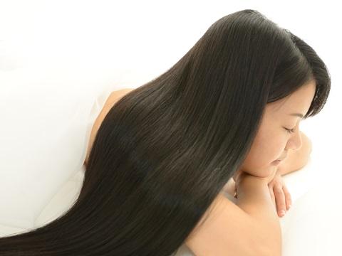 白髪をへらす!常に若々しい印象を保つ白髪染めの方法