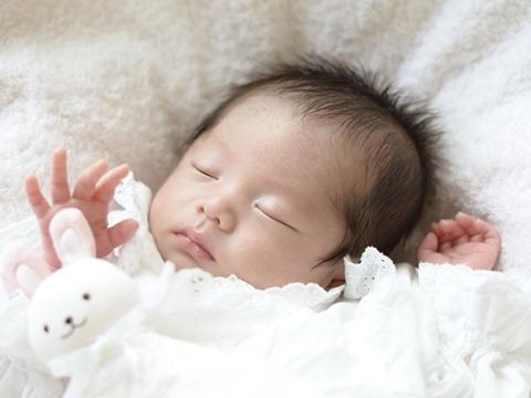 赤ちゃんは生後何ヶ月からドライヤーは使えるの?
