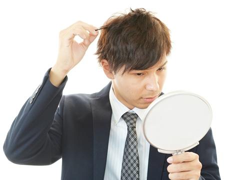 メンズ専用カット店も!男性のヘアスタイルを作るには?