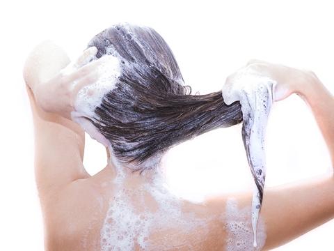 抜け毛対策のシャンプーに求めるべき3大効果!