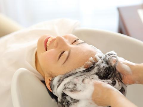 薄毛の悩み相談の第一歩は美容院で