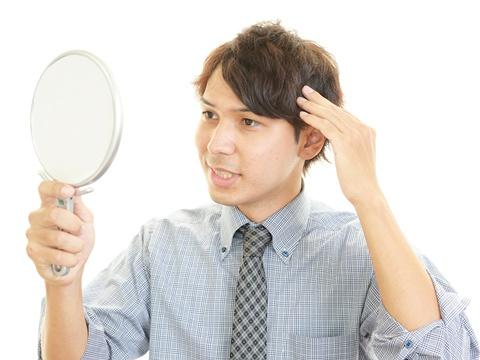 これで決まる!くせ毛のメンズヘアスタイルのスタイリング方法