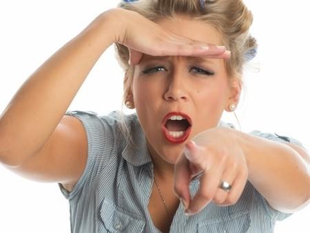 ママ友、職場の人間関係の悩み!「距離感」がおかしい人の対処法