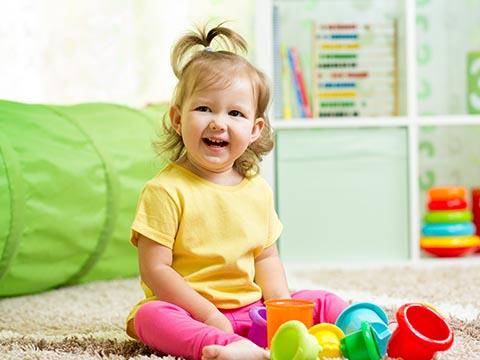 赤ちゃんの髪の毛カット、女の子編