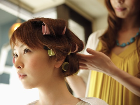 美容師に聞く「髪の秋バテ対策」