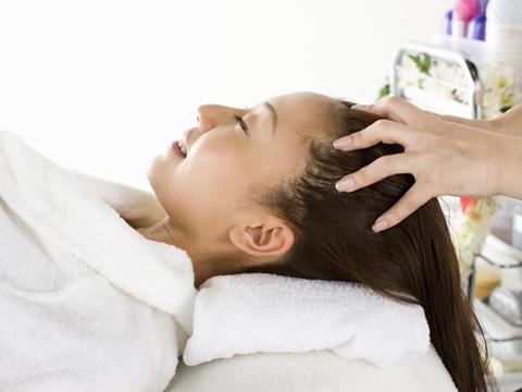 ヘッドスパは頭痛にも効くの?それとも効かないの?