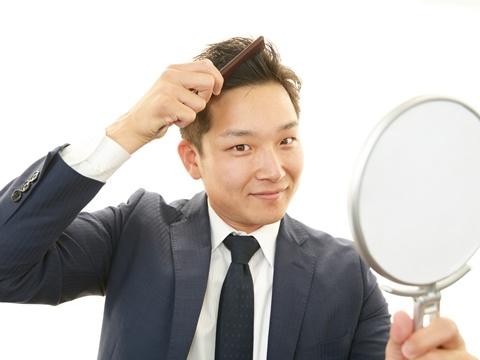 剛毛のくせ毛におすすめのヘアワックスとは