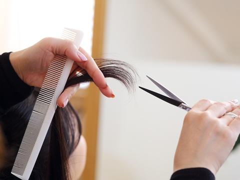 海外に比べて日本の美容師のレベルは高い?