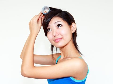美容師に聞く!ぺったんこの前髪…立ち上げバングを上手に作る方法は?