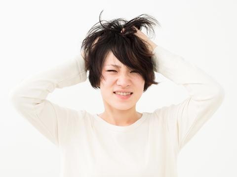 前髪のボリューム、出す、出さない?それぞれの解決策