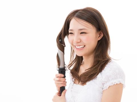 美容師に聞く!内巻きカールをキープする方法