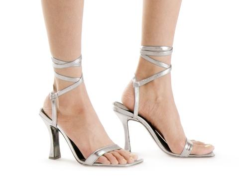 サンダルの似合う足に!足の裏の角質除去ケア