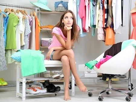 洋服はいつ捨てる!?適切な服の量と捨てる基準