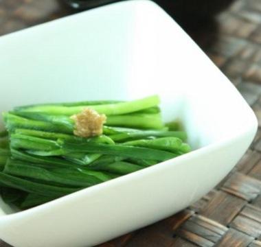 お手軽♪美肌と健康な体を維持する「ニラ」を使ったレシピ3選