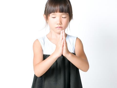 お葬式での子供の年齢別服装マナー