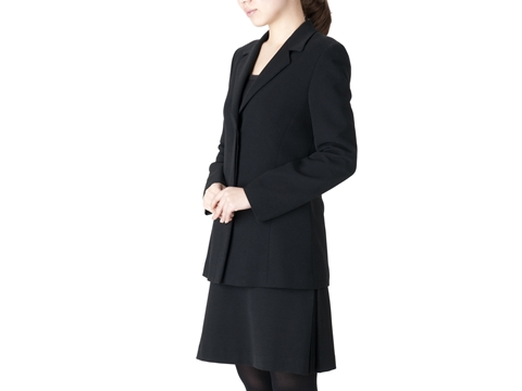 お葬式に参列する際の服装マナー