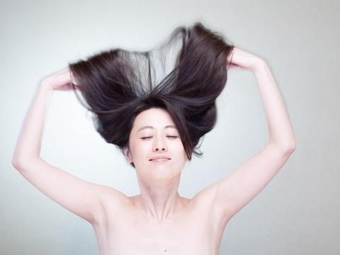 オーガニックの力で美髪に!ハーブトリートメント「ヘナ」の効果