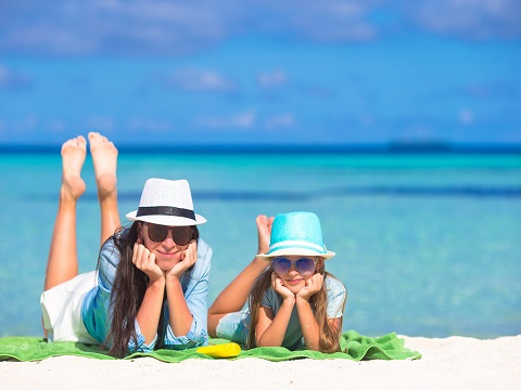 夏を楽しむために!紫外線の予防に役立つ必須アイテムとは?
