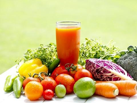 食べ物で紫外線対策!身体の中から美肌を守る♪
