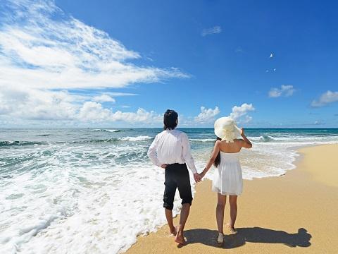 熱しやすく冷めやすい!「ひと夏の恋」4割の女性が経験アリ
