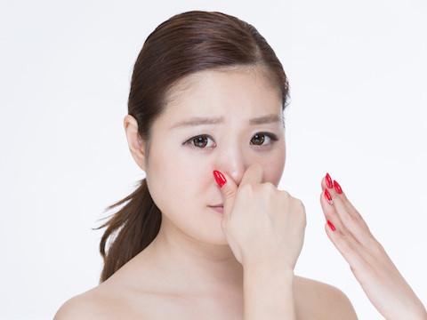 シャンプーしても臭う…頭皮のにおいはどうすればいい?