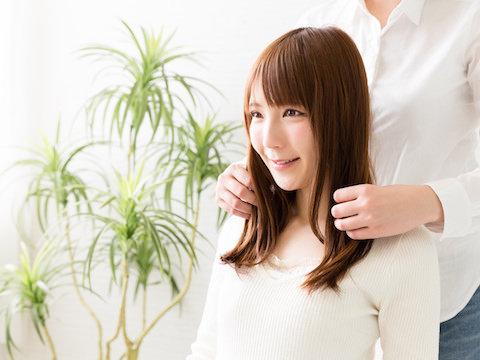知っていればヘアスタイルの幅が広がる!縮毛矯正の方法