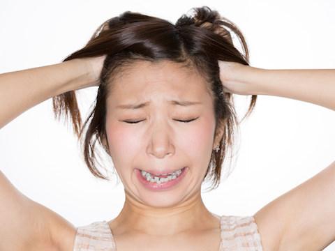 広がりすぎてイライラ!くせ毛の原因と対策について