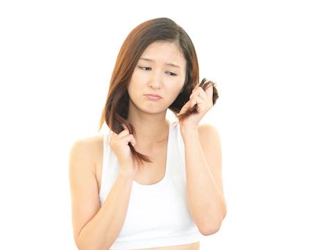 髪の傷みは、タンパク質のゆがみ…日常で気を付けたいポイントは