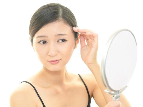 どうすれば治る?薄毛が治りやすい女性のタイプとヘアケア術