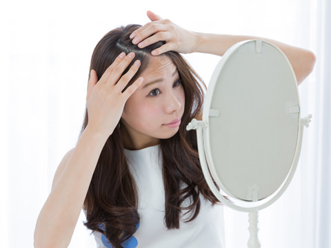 予防したい!頭皮の結構不良が白髪の原因に