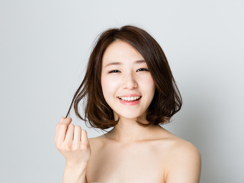 乾燥するのは水分不足かも?髪のパサつき対策