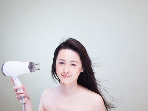 くせ毛で悩んでる方★縮毛矯正のメリットとデメリット