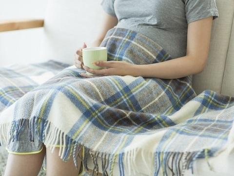 やっぱり避けるべき?妊娠中の縮毛矯正