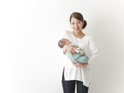 授乳中にパーマをしたいけど、母乳に影響って出るの?